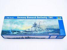 Trumpeter 1/700 05711 German Battleship Bismarck 1941
