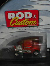 2002 HOT WHEELS ROD & CUSTOM MAGAZINE SERIES ORANGE '32 FORD!!