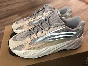 ✅ Adidas Yeezy Boost 700 V2 Cream Size 10 - READY TO SHIP!