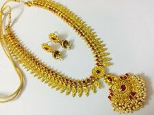 South Indian temple jewelry gold beautiful long necklace set and earring