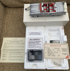 """Danbury Mint Limited Edition 1/24 """"Fuelie"""" 1957 Chevy Bel Air Convertible"""