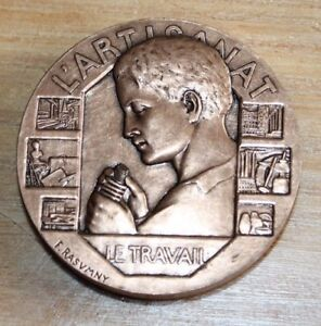 médaille bronze  l artisanat le travail au mérite ( signée  f. rasvmny )
