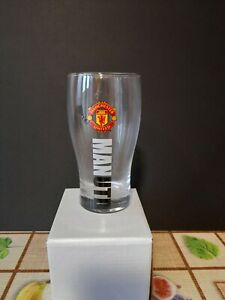 MANCHESTER UNITED F.C. Pint Glass Crested Official