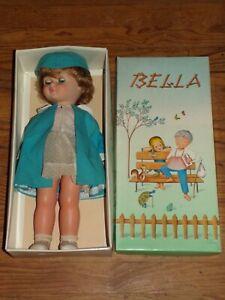 Poupée Bella  Hôtesse de L'air en boite