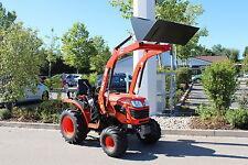 Kubota B1121 Traktor mit Frontlader