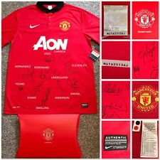 MUFC OFFICIAL HOLOGRAM, MANCHESTER UNITED 2013-2014 SQUAD SIGNED SHIRT