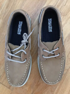 World Wide Sportsman Shoes Size 10 Leather Camel Color
