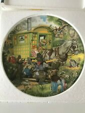 Wind in the Willows Wedgewood Collectors Plate-Gypsy Caravan