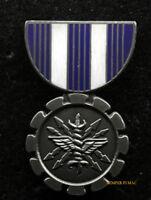 US AIR FORCE ACHIEVEMENT MEDAL HAT LAPEL PIN USAF PILOT CREW AIRMEN RIBBON WOW