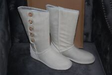 UGG LO PRO BUTTON MIST DENIM #7 $159