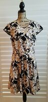 ISAAC MIZRAHI LIVE  Fit and Flare Dress Black Floral Lined Pockets Size 14