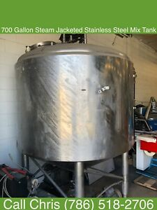 Approx 700 Gallon Steam Jacketed Stainless Steel Mixing Tank