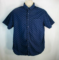 Cactus Man by Ricky Singh Men's Shirt, Slim Fit Large, Pre-owned, Short Sleeve