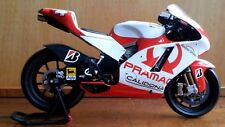 ALEX BARROS DUCATI GP7 1/12 2007 MINICHAMPS