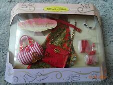 NRFB Barbie Millicent Roberts Collection - Accessories  ''Red Hot''