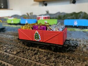 HORNBY CHRISTMAS WAGON (NOT BOXED)