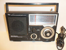 Westminster Multiple Band Portable Survival Radio 1410 Air Ham AM FM TV - WORKS
