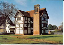 Essex: Epping Forest, Queen Elizabeth Hunting Lodge - Unposted c.1990s