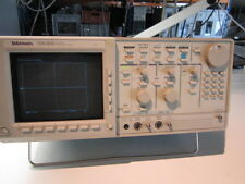 tektronix TDS820 2 X 6 GHz oscillope tested with ch1 sampler failed sold as is