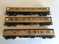 HORNBY TRI-ANG OO GAUGE PASSENGER COACHES JOB LOT
