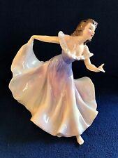 "Royal Doulton Porcelain Figurine ""A Gypsy Dance"" Hn2157"