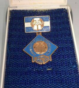DDR Medaille -Vorbildliches Lehrlingskollektiv - Orden Anstecker