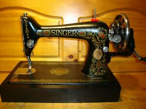 """ANTIQUE SINGER SEWING MACHINE MODEL 66 """"RED EYE"""" ,HAND CRANK,LEATHER,SERVICED"""