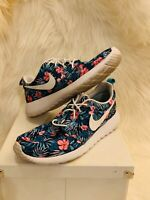 Nike Roshe One Premium Print Floral 833620-310 PREOWNED SIZE 8