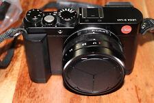 Leica D-LUX Typ 109 16.8MP Digitalkamera - Black & Black Zubehörpaket