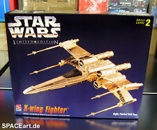 Star Wars: X-Wing Fighter - Gold Finished / Modell-Bausatz / AMT ERTL / spaceart