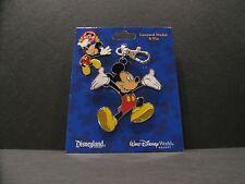 Disney Ta Da Mickey Mouse Lanyard Medal & Pin Set