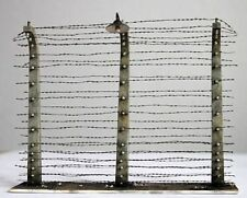 Plus Model 1:35 Barbed Wire Fence Resin Diorama Accessory #358
