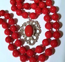 Hermoso Collar Con Colgante De Coral Rojo