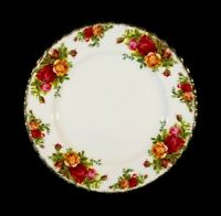 Beautiful Royal Albert Old Country Roses Salad Plate