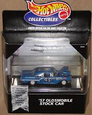 RICHARD PETTY'S '57 OLDS STOCK CAR, wheel variation, Hot Wheels 1:64, NEW in Box