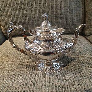 Vintage Reed & Barton Sterling Silver Tea Pot, Francis I, 570A