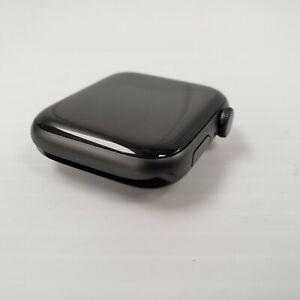 (16521-1) Apple A1978 Series 4 Smart Watch