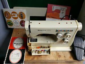 Viking Husqvarna 6010 Sewing Machine with accessories