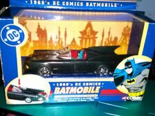 1960's Batmobile * Die Cast 1:43 CORGI * DC Comics * With Batman Figure