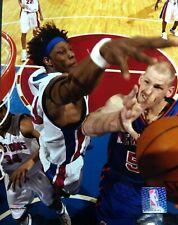 BEN WALLACE Detroit Pistons 8X10 ACTION PHOTO #2  Detroit Pistons
