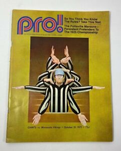 PRO!Official Publication of The NFL, New York GIANTS vs Vikings October 31, 1971