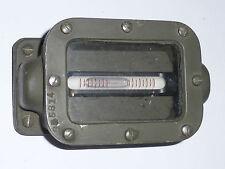 Niveau à bulle blindé pour véhicule civile ou engin militaire ou embase antenne