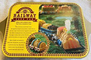 2006 Williams Sonoma Nordic Ware Railway Train Cake Pan Baker New w Ins
