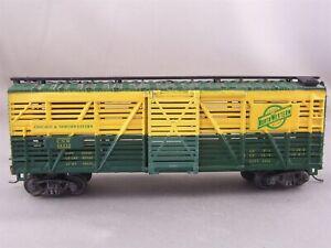 Bachmann - Chicago & North Western - 41' Stock Car + Wgt # 14332