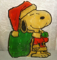 Peanuts Snoopy Santa Christmas Lighted Sculpture Indoor Outdoor Decoration