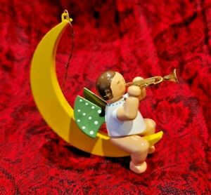 Wendt & Kühn Engel mit Trompete im Mond