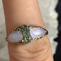 SO PRETTY ANTIQUE 9CT GOLD EMERALD AND OPAL RING SIZE K