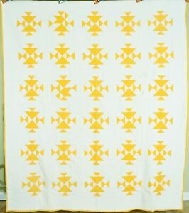 """GORGEOUS Vintage 1890's Sunny Cheddar Yellow """"Fox & Geese"""" Antique Quilt!"""