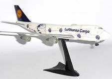 Boeing 747-200 Lufthansa Cargo Herpa Collectors Model Scale 1:200 550291 D-ABZF