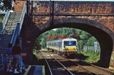 PHOTO  IRISH RAILWAY - NIR LOCO NO  87 FINAGHY 20.07.1996